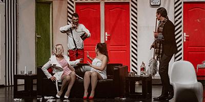 teatarska pretstava stjuardesi - teatar komedija